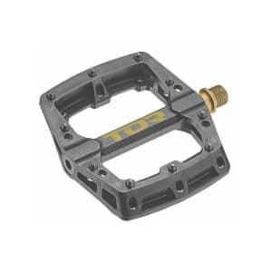 tor-termoplastic-pedales-01